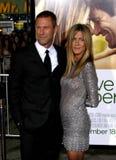 Aaron Eckhart e Jennifer Aniston Fotos de Stock