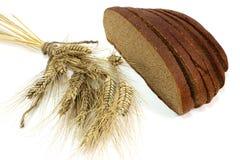 Aartjes en bruin brood royalty-vrije stock foto's