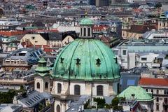 Abóbada barroco de Peterskirche na cidade de Viena Imagem de Stock Royalty Free