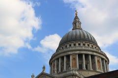 Abóbada da catedral de St Paul em Londres Fotos de Stock