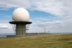 Abóbada da estação de radar fotos de stock