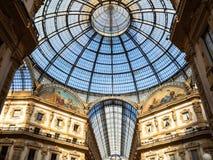 Abóbada da galeria Vittorio Emanuele II em Milão imagem de stock