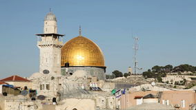 Abóbada da rocha e a parede ocidental no Jerusalém vídeos de arquivo