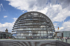 Abóbada de Reichstag no parlamento alemão em Berlim, Alemanha Fotos de Stock