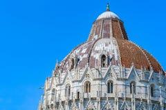 Abóbada do Baptistery de Pisa em Itália fotografia de stock royalty free