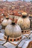 Abóbadas e telhados, Veneza. Imagens de Stock