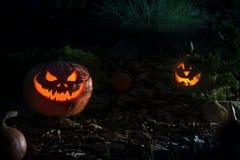 Abóbora assustador de Dia das Bruxas em uma noite Imagens de Stock Royalty Free