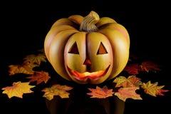 Abóbora de Halloween no preto. Imagem de Stock Royalty Free