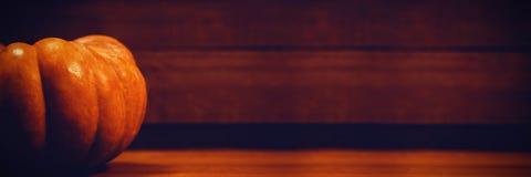Abóbora na tabela durante Dia das Bruxas Imagem de Stock Royalty Free