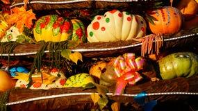 Abóboras coloridas na feira Foto de Stock