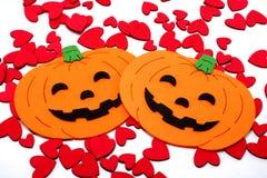 Abóboras de Halloween com corações pequenos Fotografia de Stock Royalty Free