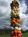 Abóboras decoradas como uma torre Foto de Stock Royalty Free