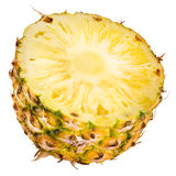 Abacaxi cortado fresco. Metade no fundo branco foto de stock
