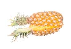 Abacaxi cortado isolado no branco Fotografia de Stock