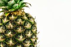 Abacaxi isolado no fundo branco Fruto do verão Fotos de Stock