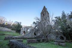 Abadía antigua en ruinas, el monasterio de Santa Maria en Valle Christi situado en Valle Christi, en Rapallo, provin de Genoa Gen Foto de archivo libre de regalías