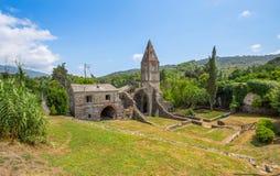 Abadía antigua en ruinas, el monasterio de Santa Maria en Valle Christi situado en Valle Christi, en Rapallo, provin de Genoa Gen Fotografía de archivo libre de regalías