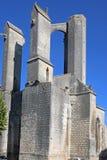 Abadía arruinada del ` Angely, Francia del St Jean D Imagen de archivo