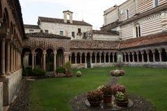 Abadía benedictina del siglo IX, Verona, Italia Imagenes de archivo
