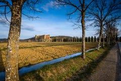 Abadía cisterciense de San Galgano cerca de Chiusdino, Toscana, Italia Imágenes de archivo libres de regalías