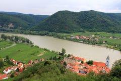 Abadía de Durnstein a lo largo del río de Danubio Fotos de archivo