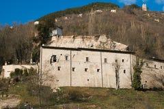 Abadía de Eutizio del ` de Sant destruida por terremoto Fotografía de archivo