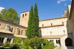 Abadía de Gellone en St francés meridional histórico Guilhem del pueblo Imagenes de archivo