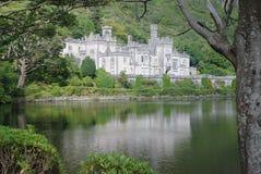 Abadía de Kylemore en paisaje Fotos de archivo