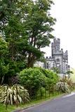 Abadía de Kylemore, vista lateral, Connemara, al oeste de Irlanda Fotos de archivo libres de regalías