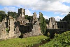 Abadía de la fuente Fotos de archivo libres de regalías