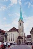 Abadía de la iglesia de monasterio de la mujer en Zurich Foto de archivo