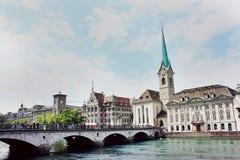 Abadía de la iglesia de monasterio de las mujeres en Zurich Fotos de archivo