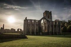 Abadía de las fuentes en Yorkshire, Inglaterra Foto de archivo libre de regalías