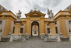 Abadía de Melk, entrada principal Una Austria más baja Imagenes de archivo