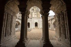 Abadía de Montmajour cerca de Arles, Francia Fotos de archivo