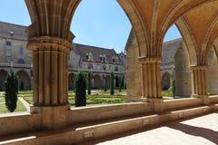 Abadía de Royaumont en país del Ile de France Fotos de archivo