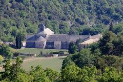 Abadía de Sénanque cerca del francés Gordes Imagen de archivo libre de regalías