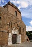Abadía de San Giovanni en Venere en Fossacesia (Italia) Fotos de archivo