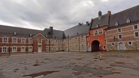 Abadía de Stavelot del patio en un día nublado Foto de archivo libre de regalías