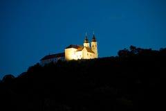 Abadía de Tihany en la noche Foto de archivo