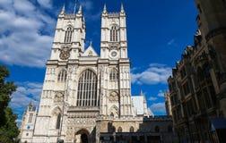Abadía de Westminster en un día asoleado Londres Fotografía de archivo libre de regalías