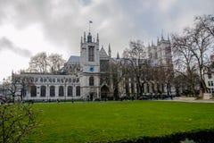 Abadía de Westminster por noche Fotos de archivo