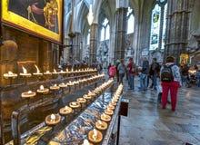 Abadía de Westminster que visita Fotos de archivo libres de regalías