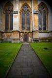 abadía del weinstmister de la ventana color de rosa en puerta vieja de la iglesia de Londres y el mA Foto de archivo