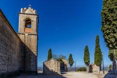 Abadía en la montaña, España, Aragón Fotos de archivo