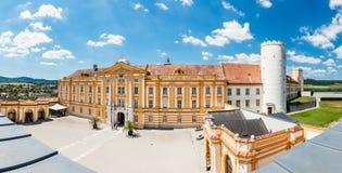 Abadía famosa de Melk en el río Danubio en una Austria más baja Foto de archivo