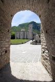 Abadía fortificada Imagenes de archivo