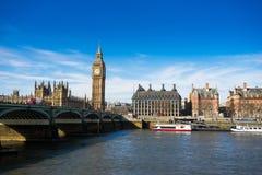 Abadía grande de BenBig Ben y de Westminster en Londres, Inglaterra Foto de archivo