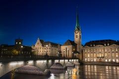 Abadía imperial de Fraumunster Reichskloster Fraumunster, Zurich Suiza Imagenes de archivo
