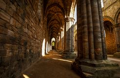 Abadía medieval de Kirkstall cerca de Leeds Reino Unido Foto de archivo libre de regalías